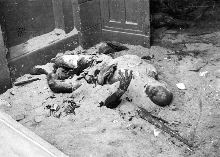 800px-Warsaw_August_1944_-civilians_burned_by_German_Army