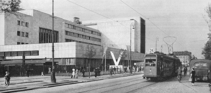 Dworzec_Główny_w_Warszawie_lato_1940
