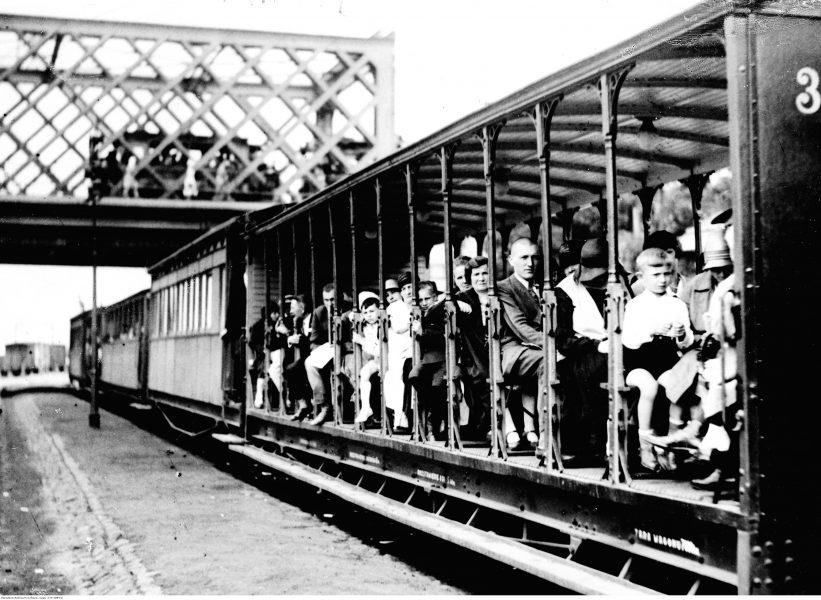 Wagon letni kolejki jabłonowskiej. Foto: archiwum net