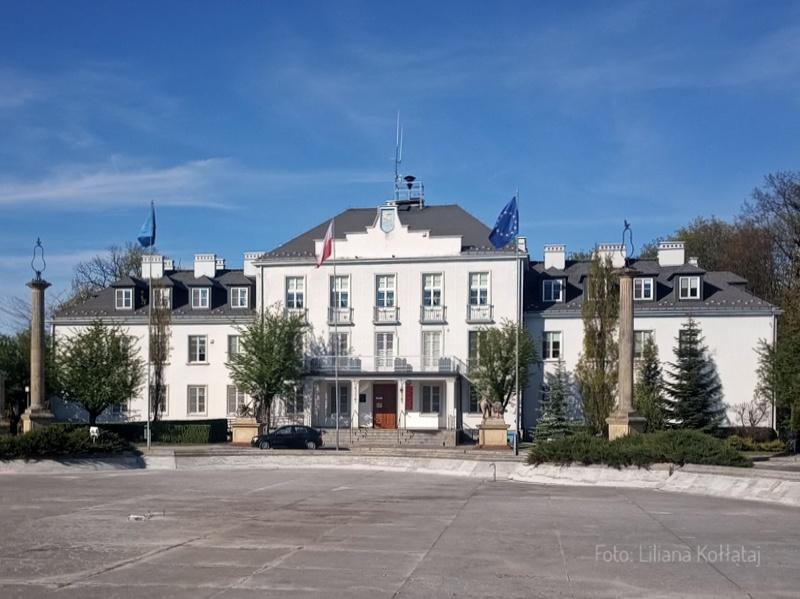 Kozienice. Gmach główny pałacu